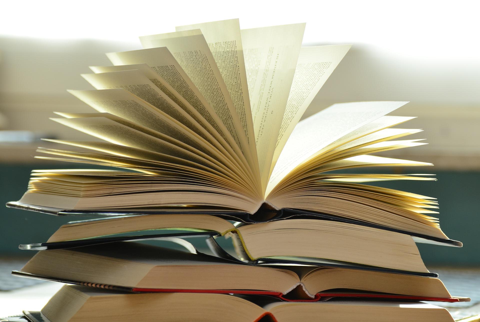 como ler livros livro aberto