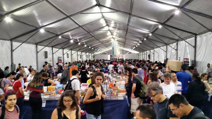 Festa do Livro da USP visitantes